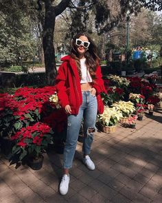Cute Comfy Outfits, Chill Outfits, Trendy Outfits, Red Fashion Outfits, Yuya Outfits, Winter Looks, Rainbow Outfit, Colourful Outfits, Urban Fashion