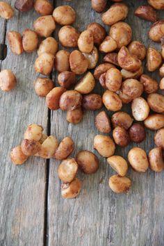 I Quit Sugar - Sweet Vanilla Bean Roasted Macadamias