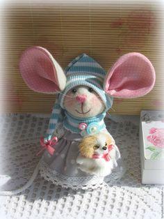 Купить Мышка - малышка с большими ушами Дама с собачкой) - мышка, малышка, мышка с большими ушами