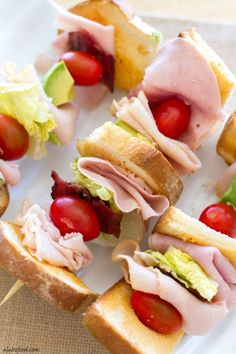 The Ultimate Turkey Club Skewers - These deconstructed turkey club sandwiches are packed with the works: turkey, bacon, avocado, chees - Yummy Appetizers, Appetizer Recipes, Dinner Recipes, Skewer Appetizers, Appetisers, Lunch Recipes, Pinterest Board, Turkey Club Sandwich, Turkey Sandwiches
