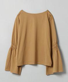 【ZOZOTOWN】JEANASIS(ジーナシス)のTシャツ/カットソー「ラッフルカフスプルオーバー/734590 」(734590)をセール価格で購入できます。