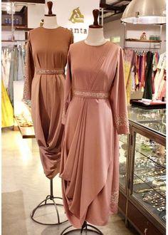 Plain Kurti Designs, Kurta Designs Women, Frill Dress, Draped Dress, Indian Gowns Dresses, Satin Dresses, Trendy Dresses, Fashion Dresses, Women's Fashion
