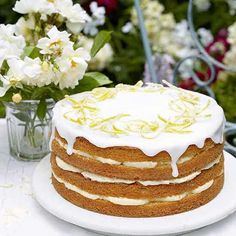 A glorious lemon cake with zesty lemon cheesecake icing. From Mary Berry Cooks, this impressive citrus cake recipe is decorated with delicate candied lemon. Mary Berry Lemon Cake, Citrus Cake, Berry Cake, Lemon Recipes, Sweet Recipes, Baking Recipes, Dessert Recipes, Dessert Blog, Sweet Desserts