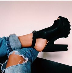 10 Sexy Womens Platform Pump Stiletto High Heels Ankle Boots Sandal Shoes - Lovely Shoe For This Summer Outfit. The Best of shoes trends in Heeled Boots, Shoe Boots, Shoes Heels, Shoes Sneakers, Jeans Shoes, Flat Shoes, Dress Shoes, Cute Shoes, Me Too Shoes