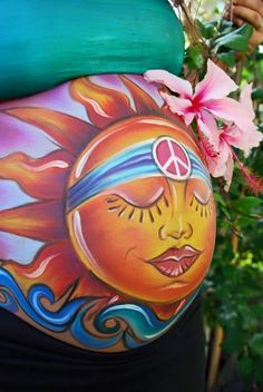 Heather Aguilera is a body painter specializing in prenatal art, belly painting, baby bump painting and body art. Face Painting Tutorials, Face Painting Designs, Drawing Tutorials, Bump Painting, Pregnant Belly Painting, Belly Art, Pregnancy Art, Pregnancy Photos, Future Maman