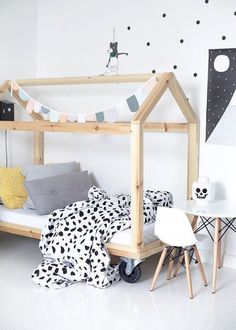 If you are looking for inspiration for decorating your little girl's bedroom, we put together a collection of 18 dreamy bedroom designs. Use these ideas to aid you in decorating the perfect room. House Frame Bed, House Beds, Bed Frame, Modern Bunk Beds, Kids Bunk Beds, Kids Room Design, Kids Bedroom, Bedroom Bed, Kids Rooms