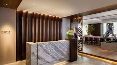 Four Seasons Hotel Tokyo at Marunouchi — city, country