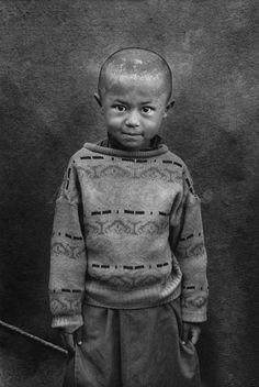 Portraits - Sebastiao Salgado. Shamak camp for displaced people. Pul-i-Kumri, northern Afghanistan . 1996