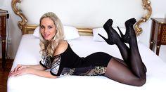 Vendula Bednarova - Tammy nylon legs