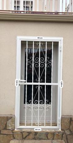 Window Grill Design Modern, Grill Door Design, Front Door Design, Window Design, Modern Design, Metal Screen Doors, Metal Gates, Wrought Iron Doors, Steel Railing Design