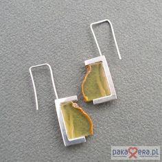 From pakamera in Poland Baltic honey amber (with natural clouds) in this minimalist earring design. kolczyki - minerały-kolczyki chmurki