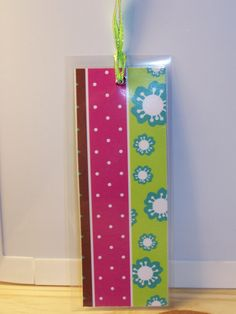 laminated paper bookmark (sq.) - brn/pnk/grn flowers & dots