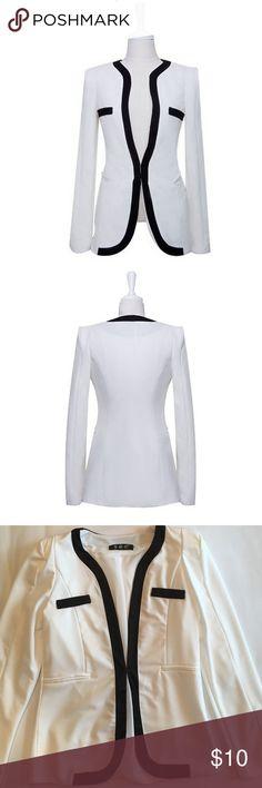 "🆕List✨Women Casual Blazer NWOT Casual Women's Blazer in size M ( Length 25.2""; Bust 34.6""; Shoulder 3.5""; Sleeve Length 22.8"") Jackets & Coats Blazers"