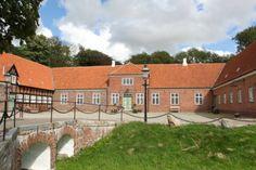 Ausumgård, hovedgård mellem Holstebro og Struer