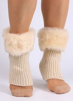 Faux Fur Edge Thicken Knitted Boot Cuffs – Most Beautiful Fur Models Fall Fashion Outfits, Fur Fashion, Mode Outfits, Winter Fashion, Womens Fashion, Knitted Boot Cuffs, Knit Leg Warmers, Knit Boots, Men's Boots