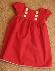 Evelyn wanted a purple dress so I decided to use this tutorial and it turned out great! Pretty easy/fairly quick project (knocked it out in an afternoon). I did do it sleeveless so it turned out more capped and I love it! Little Dresses, Little Girl Dresses, Girls Dresses, Sewing Clothes, Diy Clothes, Dress Sewing, Outfits Niños, Kids Outfits, Sewing For Kids