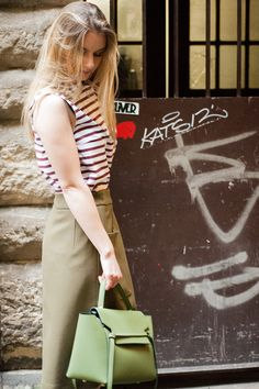 Bag Lady #essentiel #streetsyle #womenswear #ootd #outfitoftheday