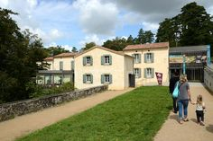 Musee Et Jardins Du Canal Du Midi à Revel, Midi-Pyrénées -  Par CRT Midi-Pyrénées / Patrice THEBAULT #TourismeMidiPy #MidiPyrenees #France #musée #museum #culture #art #canaldumidi #revel #tarn #tourismetarn #saintferreol