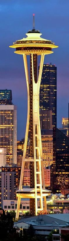 Space Needle - Seattle, Washington................... http://www.charmnjewelry.com/search/Seattle.htm