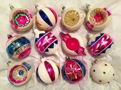 Box 12 Vtg POLAND MICA Snow Paint Indent Pastel Glass Xmas Ornaments Germany