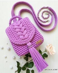 👉👉 @ e_l_e_n_a_kor 💕💕👈👈 ・ ・ ・ Hallo Freunde.P … – Stricken sie Baby Kleidung Source by christinatrltzsch de croche fio de malha infantil Crochet Backpack Pattern, Free Crochet Bag, Crochet Clutch, Crochet Handbags, Crochet Purses, Easy Crochet, Crotchet Bags, Knitted Bags, Crochet Crafts
