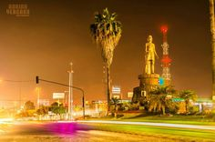 Monumento al Rey Nayar en Av. Insurgentes.