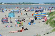 West Wittering Beach in the Summer gets really crowded... but when you stay at Chichester Self catering we will tell you about some other secret places you can get some quiet!