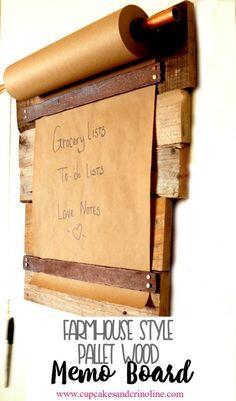 """Résultat de recherche d'images pour """"habiller un mur bois de caisse de vin"""""""