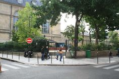 Square Léopold Achille Achilles, Sidewalk, Street View, Side Walkway, Walkway, Walkways, Pavement