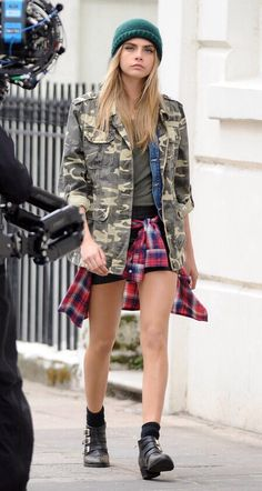 Cara Delevingne - 90's grunge outfit with various layering of textures and patterns