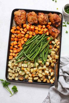 Sheet pan chicken with vegetables uses fresh ingredients pantry staples for a delicious meal. Make this recipe tonight in just under an hour! Best Paleo Recipes, Cooking Recipes, Vegetable Primavera, Seasoned Potatoes, Recipe Tonight, Different Vegetables, Baked Chicken Recipes, Chicken And Vegetables, Sheet Pan