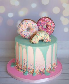 of the Best Homemade Birthday Cake Ideas Donut Birthday cake. Donut grow up party. Awesome decorating a birthday cake ideasDonut Birthday cake. Donut grow up party. Awesome decorating a birthday cake ideas Homemade Birthday Cakes, Cool Birthday Cakes, Birthday Drip Cake, Birthday Candles, Fabulous Birthday, Birthday Cake Designs, Card Birthday, Birthday Cake Cookies, Strawberry Birthday Cake