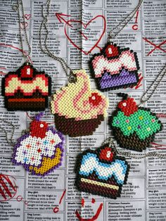 dessert, glace, gâteau/ NEW Kitsch Style Pixel Hama Bead Desserts Necklaces