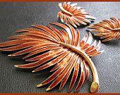 Vintage Autumn Brooch Pin & Earring SET Leaf Design Brown Rust Enamel Gold Metal EX
