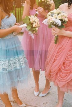 Oh So Lovely Vintage Bridesmaids!