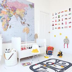 Do you like colourful atmospheres? You must visit the @bea_kroeze profile. This mum shows lots of atmospheres with bright tones on white backgrounds and lots of great ideas to decorates kids' rooms. We can find many interesting details but we especially like that eclecticism and style to mix things. Storage Ideas for The Kids' Room […]