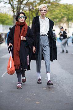On the street at Paris Fashion Week. Photo: Chiara Marina Grioni/Fashionista