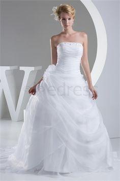 Beautiful Satin Sleeveless Spring/ Fall Zipper-back Wedding Dress http://www.SzWedress.com/Beautiful-Satin-Sleeveless-Spring-Fall-Zipper-back-Wedding-Dress-p19211.html