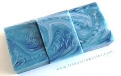 """ZigZag Cosmic Wave"" | Handmade soap by Fraeulein Winter"