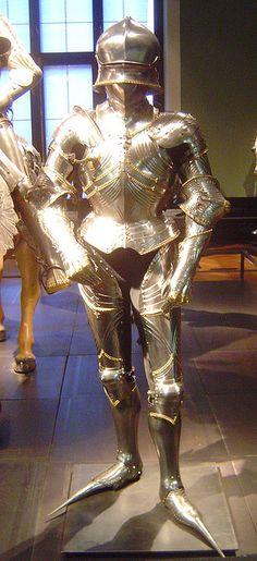 ca. 1484 - armour for Archduke Sigismund von Tirol (Lorenz Helmschmid), Augsburg, Kunsthistorisches Museum Wien, Austria by roelipilami, via Flickr