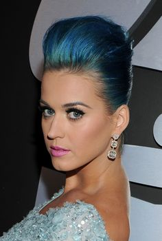 Katy Perry's Make up at the 54th Annual Grammy Awards