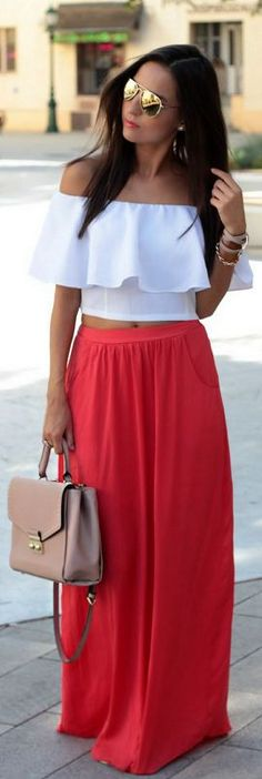 Style an Off Shoulder Top with Maxi Skirt Maxi Skirt Style, Maxi Skirt Outfits, Crop Top Outfits, Maxi Skirts, Off Shoulder Outfits, Off Shoulder Tops, Maxis, Skirt Fashion, Love Fashion