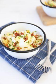 Witlofsalade met appel Veggie Recipes, Pasta Recipes, Salad Recipes, Dinner Recipes, Healthy Recipes, Healthy Food, A Food, Good Food, Food And Drink