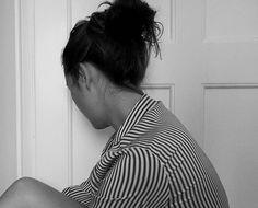 I've been upside down I don't wanna be the right way round,can't find paradise on the ground. #lyrics #music #musik #musiclover #ohwonder #igers #igersvienna #igersaustria #wien #vienna #vie #austrianblogger #girl #photography #fotografie #fotomädchen #wienerin #art #kunst #blackandwhite #bw #schwarzweiss #blackandwhitephotography #stripes #sunday #sonntag #weekend #wochenende