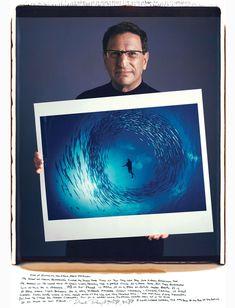 David Doubilet – Circle Of Barracuda  famous-photographer-portraits-behind-photographs-tim-mantoani-2