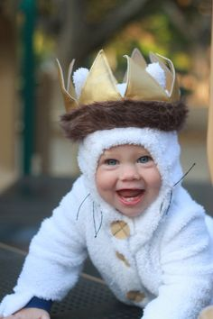 Our littlest boy is about to turn one year old! He is having a Wild One party, so naturally we needed a Where the Wild Things Are-themed photoshoot. I think it turned out pretty darn cute.