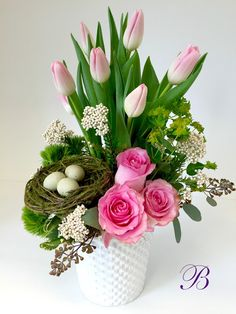 Can you believe that Easter is less than a week away? Like Easter and springtime, flowers represent growth and new beginnings. Easter Flower Arrangements, Creative Flower Arrangements, Flower Arrangement Designs, Easter Flowers, Beautiful Flower Arrangements, Spring Flowers, Floral Arrangements, Floral Design, Inspiration