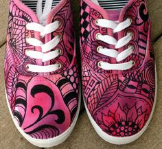 (DIY) Zentangle sneakers!! PINK!! [I doodled on mine with a Sharpie for a similar effect :) - Mini Van]