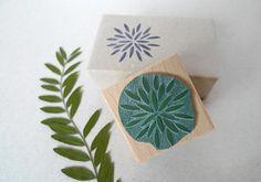 Weihnachtlicher Stern- Stempel // Christmas Star rubber stamp // karamelo via etsy