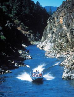 The Hellgate Jet Boat excursations are always a great way to cool off locally in the summer time. Located in Grantspass Oregon  #totsywest